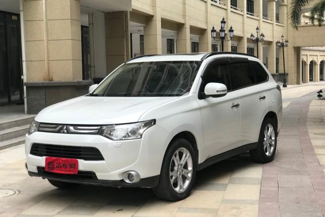 二手车三菱欧蓝德(进口) 2013款 2.4L 四驱豪华导航版 7座