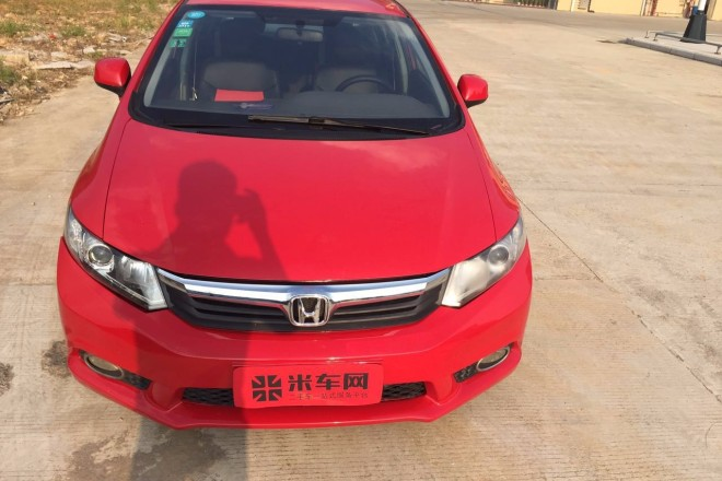 二手车本田思域 2012款 1.8L 自动舒适版