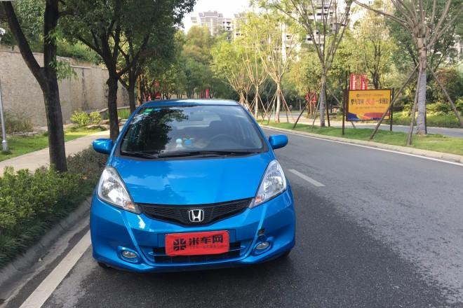 二手车本田飞度 2011款 1.3L 自动舒适版
