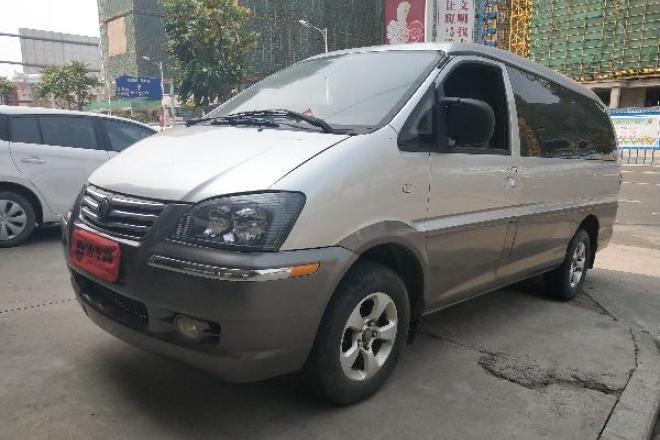 二手车2014款 菱智 M5-Q7 2.0L 手动 7座长轴舒适型