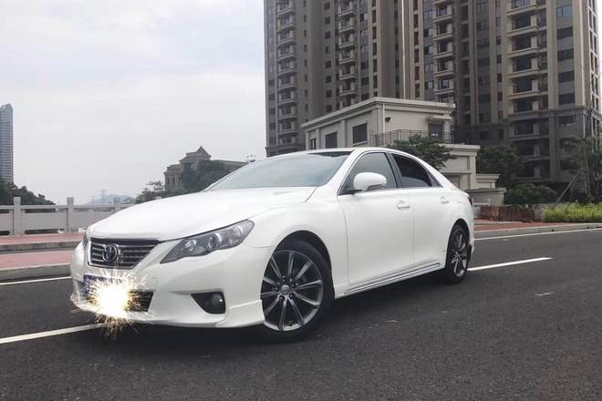 二手车2013款 锐志 2.5V 尚锐导航版