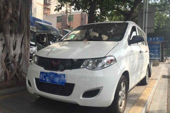 二手车2010款 五菱宏光 6430KF-1.2L实用型