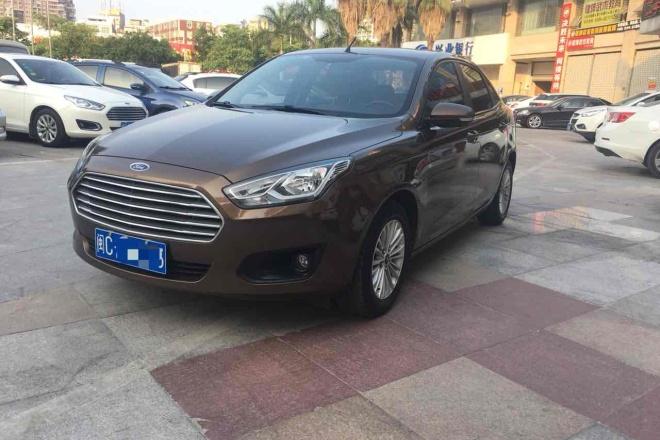 二手车2015款 福睿斯 1.5L 自动舒适型
