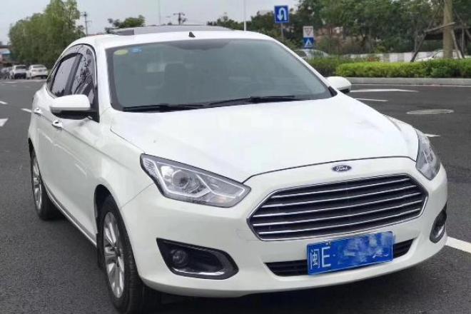 二手车2015款 福睿斯 1.5L 自动时尚型