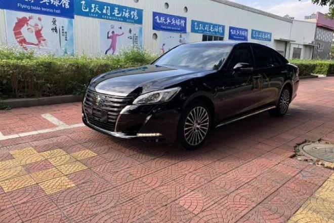 二手车2017款 皇冠 2.0T 运动版