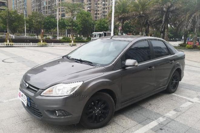 二手车2012款 福克斯三厢 经典款 1.8L 自动 基本型