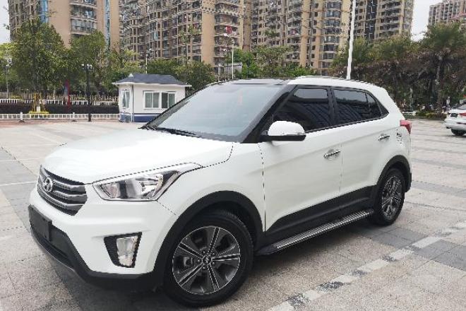 二手车2015款 北京现代ix25 2.0L 自动两驱智能型GLS